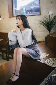 Ulzzang Fashion, Ulzzang Girl, Asian Model Girl, Girls In Mini Skirts, Korean Fashion Trends, Lace Dress With Sleeves, Asia Girl, Real Beauty, Beautiful Asian Girls