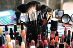 To look positive, alluring, and captivating is the desire of every one of us. You will have probably heard that as compared to the makeup products, the smi
