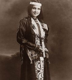 This is a picture of Moon Beam. She was a Potawatomi Indian Maiden. The picture was taken in 1909. I lived in New Mexico for many years, ...