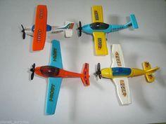 RESCUE FLEET 2002 MODEL BOATS KINDER SURPRISE TOYS MINIATURES AIRPLANES SET