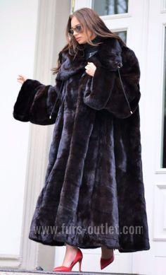 NEW ROYAL MINK FUR LONG SWINGER COAT CLASS OF SABLE CHINCHILLA FOX JACKET BLACK