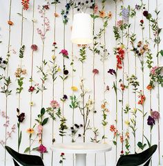 """Fake Flower """"Wallpaper"""" von Front Design - HOME - Decoration My New Room, My Room, Dorm Room, Dorm Walls, Spare Room, Dried Flowers, Silk Flowers, Plastic Flowers, Real Flowers"""