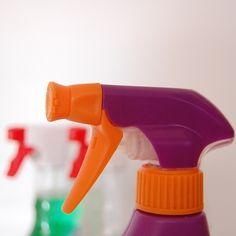 A escolha de um detergente biodegradável é a escolha natural de quem busca preservar o meio ambiente! Afinal, preservar o planeta começa em casa! Saiba mais!