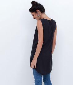 Blusa feminina  Sem manga  Básica  Marca: Marfinno  Tecido: Viscose  Composição: 100% viscose  Modelo veste tamanho: P       COLEÇÃO INVERNO 2016     Veja outras opções de    blusas femininas.
