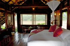 A lodge with a breathtaking view on the legendary Mekong...