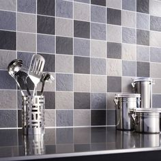 Kitchen Backsplash in Tile