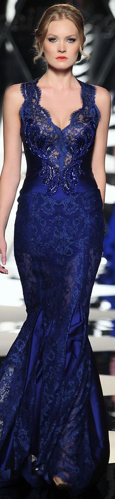 Mireille Dagher Fall-Winter Haute Couture Collection - Beautiful damask and lace navy evening gown Elegant Dresses, Pretty Dresses, Blue Dresses, Beautiful Gowns, Beautiful Outfits, Glamour, Traje Black Tie, Marine Uniform, Mode Inspiration