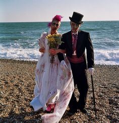 Google Image Result for http://photomadly.files.wordpress.com/2011/10/photomadly-zombie-wedding-analogue-4.jpg