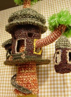 Amazing amigurumi crochet tree house/castle - isn't this fabulous??! By amituri32