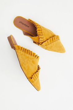 Put your fashionable foot forward with Free People shoes that are perfect for every occasion. Shop Free People shoes online and stay on trend year-round. Cute Shoes, Me Too Shoes, Heel Pumps, Suede Flats, Mellow Yellow, Mustard Yellow, Jeffrey Campbell, Ballerina, Casual Shoes