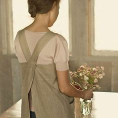 fog. linen. work. cross-back apron