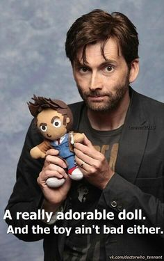 Shared by herbelin. Find images and videos about cute, doctor who and david tennant on We Heart It - the app to get lost in what you love. Doctor Who, 10th Doctor, David Tennant, Winona Ryder, Crossover, Serie Doctor, Dc Anime, Interview, Torchwood