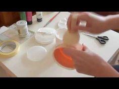 W kursie tym pokazuję, jak ozdobić opakowanie po balsamie bardzo prostymi czynnościami. Kurs decoupage krok po kroku. Zapraszam na bloga www.kokartkowakraina...