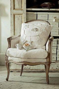 #FrenchProvincial #chair to adore <3