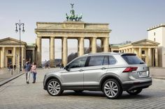 Classy new Tiguan moves upmarket Volkswagen Tiguan, Free Hd Wallpapers, Latest Cars, Classy, Sport, Pictures, News, Photos, Deporte
