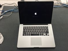 Apple Macbook Pro 15.4-inch (Retina) 2.6Ghz Quad Core i7 (Mid 2012)  - MC976LL/A