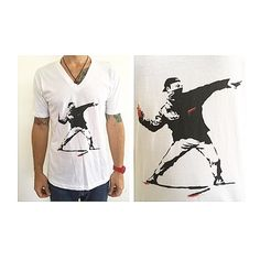 BANKSY v neck  Available in M & L  Only 1 AVAILABLE of each for exclusivity purposes  For APPOINTMENTS, PRICES or INFO pls thru TEXT ONLY 787.605.3404 11-8pm 🙏🏻 WE SHIP WORLDWIDE  #shoplocal #ootd #fashion #sanjuan #calleloiza #puertorico #compralocal #trend #trendy #LOOKBOOK #style #musthave #love #follow #vneck #men #menswear #menstees #mensfashion #mensstyle #banksy #art #streetart #graffiti #sanvalentin #stvalentine #valentines