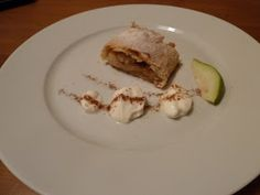 Kuchařská vášeň: Jablečný závin Eggs, Breakfast, Food, Morning Coffee, Essen, Egg, Meals, Yemek, Egg As Food