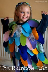 The Rainbow Fish costume for kids. Book Characters Dress Up, Character Dress Up, Book Character Day, Book Character Costumes, Storybook Characters, Character Ideas, Book Costumes, World Book Day Costumes, Book Week Costume