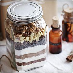44 Creative DIY Christmas Gifts in a Jar | Dodo Burd