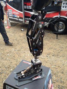 Fox shocks artificial leg