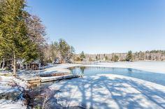 Looking for the perfect Lake Winnipesaukee escape? #winterwonderland #lakesregion #lakewinni #lakewinnipesaukee #livinginnewhampshire #lifestyle #meredith #nh #adamdow