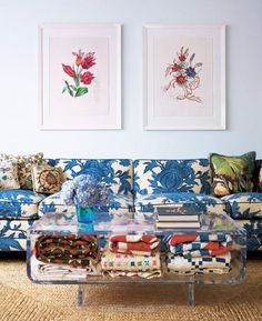 A 21-Gun Salute to the Patterned Sofa - 16
