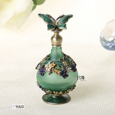Diamond Cut Antique & Vintage Perfume Bottle with Glass & Metal for Women Gifts #Unbranded