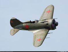 "Polikarpov I-16 aircraft - ""If an aeroplane looks right...."" - utterly beautiful!"
