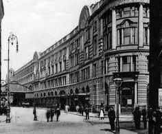 Down the decades: A look at how Victoria Station has changed over the years - Manchester Evening News Bolton England, Old M, Portland Street, Nostalgic Images, Across The Bridge, Classic Image, Salford, Old Images, Local History
