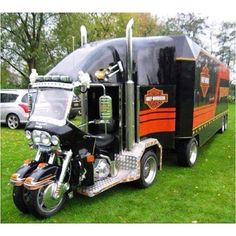 Harley Davidson Custom Duel Front Fork and Wheel Motorcycle Trike Tractor, and Trailer. Truck Camper, Camper Trailers, Travel Trailers, Cool Trucks, Big Trucks, Cool Cars, Cool Motorcycles, Harley Davidson Motorcycles, Davidson Bike