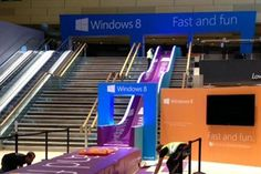 Microsoft: giant slide at Bluewater promotes the new Windows 8 operating system #OOH