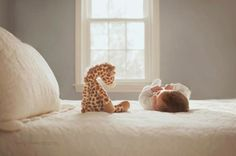 Cute lifestyle newborn photo with a stuffed animal. I love little props for newborn photos. Foto Newborn, Newborn Session, Baby Newborn, Lifestyle Newborn Photography, Children Photography, Toys Photography, Photography Ideas, Improve Photography, Photography Composition
