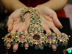Unusual Jewelry, Expensive Jewelry, Antique Jewelry, Royal Jewelry, Indian Jewelry, Hyderabadi Jewelry, Rajputi Jewellery, Jewelry Design Earrings, Jewelry Collection