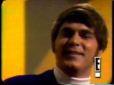 Joe South - Games people play ( Original Footage Smothers Brothers Comedy Hour Better Quality)