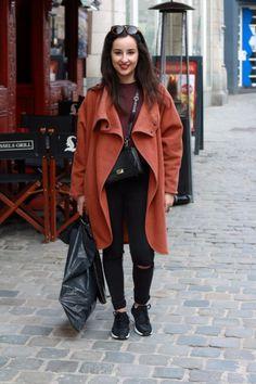 Shoes: Zara  Pants: Pull&Bear  Sweater: Pull&Bear  Bag: Zara  Sunglasses: vintagestor  Rings: H&M, vintagestore