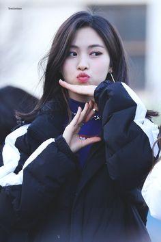 ITZY-RYUJIN 190309 Mini Fanmeeting Kpop Girl Groups, Korean Girl Groups, Kpop Girls, Rapper, New Girl, K Idols, South Korean Girls, Cool Girl, Asian Girl