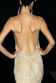 Armani Prive f/w 2005 Couture Armani Prive, Fashion Mode, Runway Fashion, High Fashion, Womens Fashion, Looks Style, Looks Cool, My Style, Fashion Design Inspiration