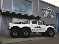 Toyota Hilux ...Now this is what we in Iceland call a real truck