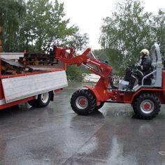 HOFTRAC – Stapler | Freiwillige Feuerwehr der Stadt Schwaz Garden Equipment, Outdoor Power Equipment, Aigle Animal, Homemade Tractor, Small Tractors, Work Train, Fire Apparatus, Emergency Vehicles, Fire Engine