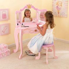 Tocador y taburete de niña modelo princesa de la marca KidKraft para juego y decoración en habitación de niña.