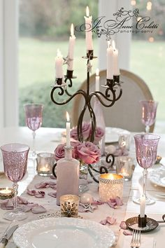 Chic Shabby and French Table Setting Pink Decoration Shabby, Shabby Chic Decor, Beautiful Table Settings, Wedding Decorations, Table Decorations, Decor Wedding, Partys, Deco Table, Vintage Roses