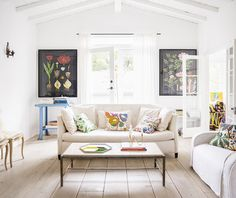 Anne Ziegler's Laurel Canyon Home — Blank Canvas Home Living Room on @SavvyHome