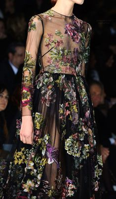 Paris Fall 2014 - Valentino (Details)