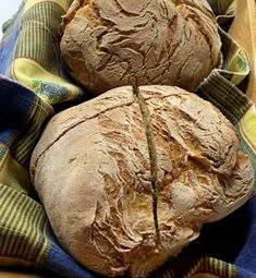 Bread Appetizers, Greek Cooking, Food Decoration, Sourdough Bread, Greek Recipes, Food To Make, Bakery, Recipies, Artisan