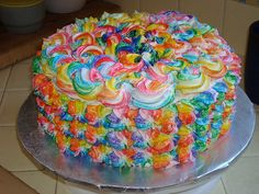Cake Decorating Ideas Using Buttercream Icing : 1000+ images about cakes :) on Pinterest Birthday cakes ...