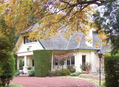 Campaspe House - country house hotel in Woodend