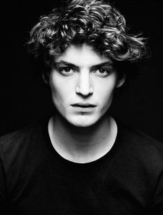 Niels Schneider :: Les Amours Imaginaires :: I Killed My Mother :: Xavier Dolan, Men Photography, Portrait Photography, Fashion Photography, I Killed My Mother, Beautiful Boys, Beautiful People, Niels Schneider, Man Of The Match