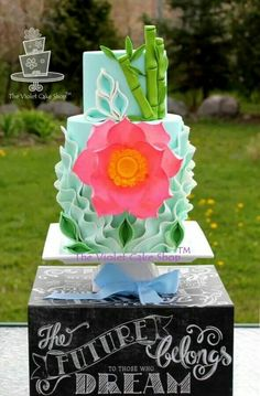 Lotus mothers day cake