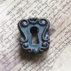 ESCUTCHEON  vintage key hole plate     POVT  K by CoolVintage, $6.50
